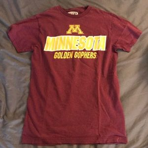 Tops - Minnesota t shirt